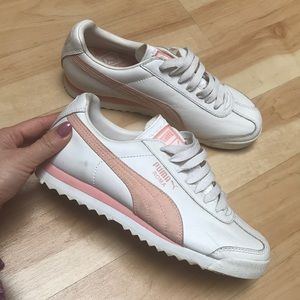 Puma sneakers white and pink